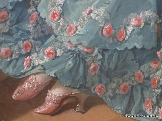 Цвет розовых туфелек типа сабо