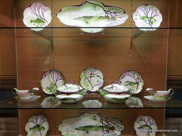 Нимфенбург селедочницы и сервиз с рыбными мотивами