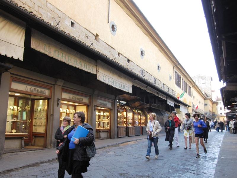 Да, о работе флорентийских ювелировХвала давно идет по всему миру