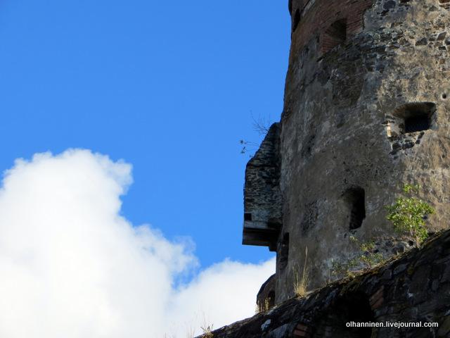 вид со стены крепости с туалетом