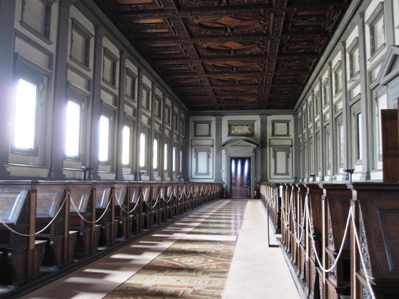 А в Микеланджеловом зале