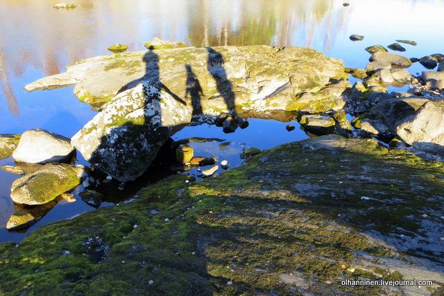 09 тени на камне