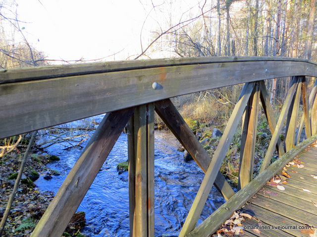 24 как сделан деревянный мостик