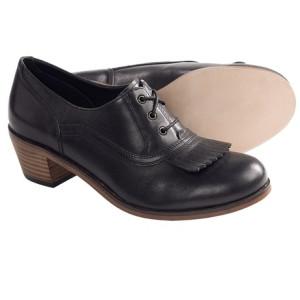 wolverine-1000-mile-nesbit-kiltie-oxford-shoes-factory-2nds-for-women-in-dark-brown~p~6202f_03~460_2.jpg