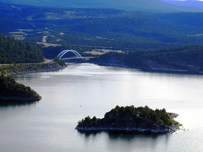 Джексонское озеро с плотиной