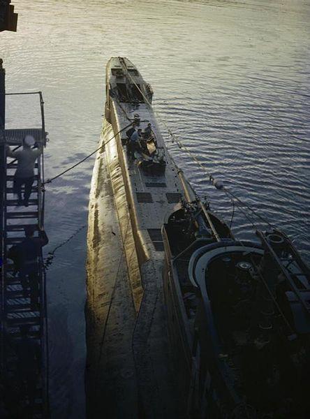 On_Board_HM_Submarine_Tribune,_1942_TR579