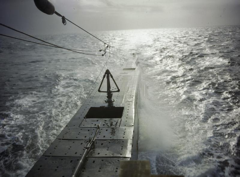 On_Board_HM_Submarine_Tribune,_September_1942_TR582