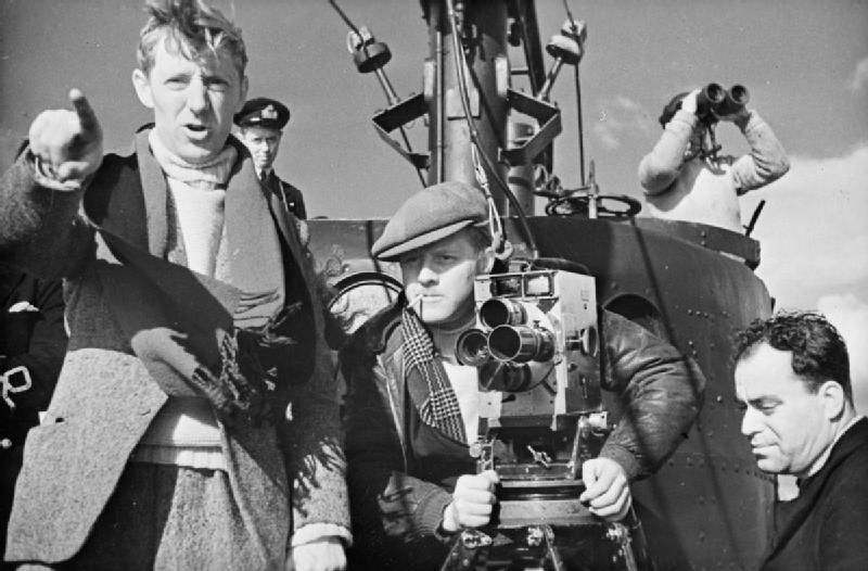 The_Production_of_a_Crown_Film-_the_Filming_of_'close_Quarters'_on_Board_HMS_Tribune,_1943_D13215