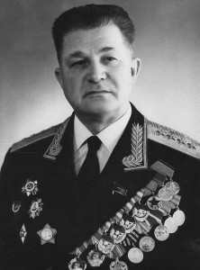 758px-Андрей_Трофимович_Стученко
