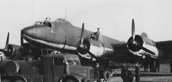 Fw200_C-1_maintenance_before_take_off
