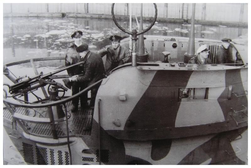 U-25-Wilhelmshavenhiver1939-1940sanssonemblme2