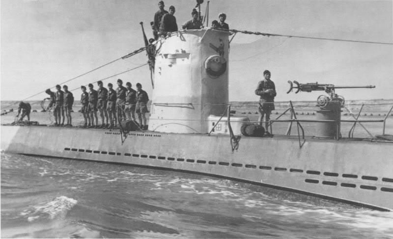 U-24-Et1943aveclObltzSPetersen