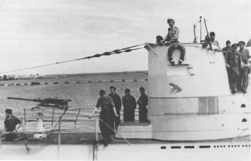 U-23-Et1943KonstanzaaveclObltWalhen