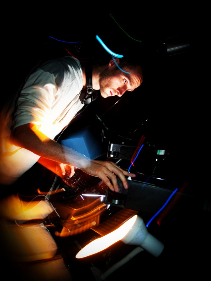 Секреты съемки в ночном клубе - Olympus Russia: http://olympus-photo.livejournal.com/303517.html
