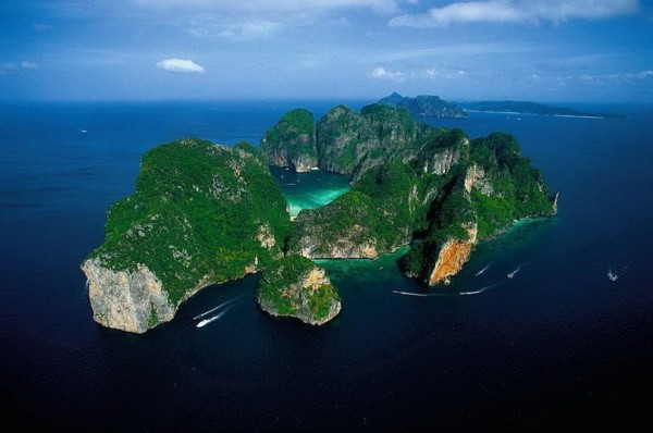 Phi Phi Le возле острова Пхукет. Таиланд.