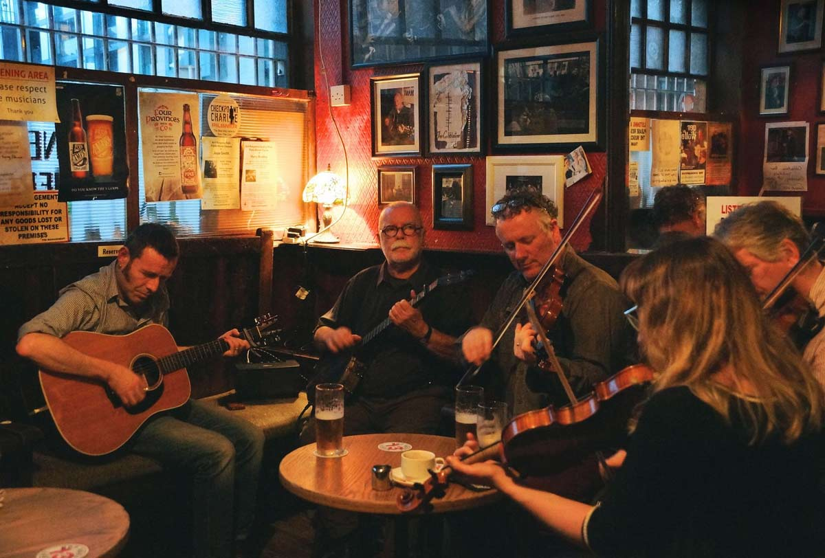 Ирландская музыка в одном из пабов Дублина.