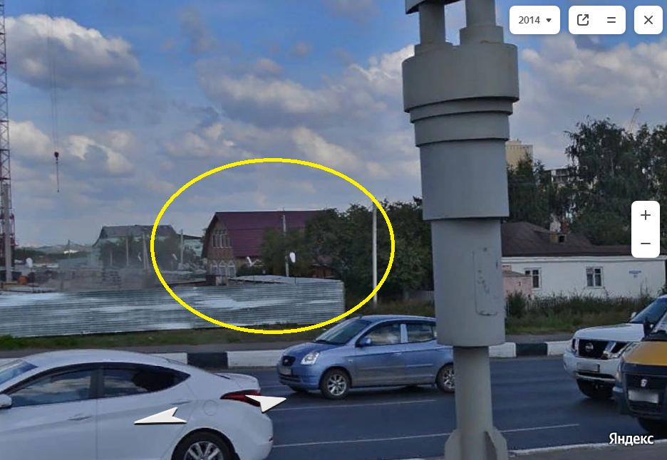 В Омске впервые на моей памяти снесли коттедж из-за стройки 1.png