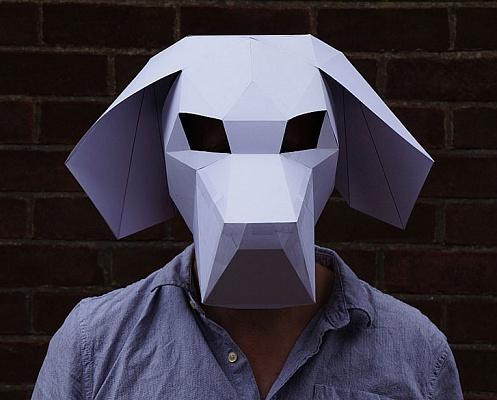 с 3D-маской — «Черепом»,