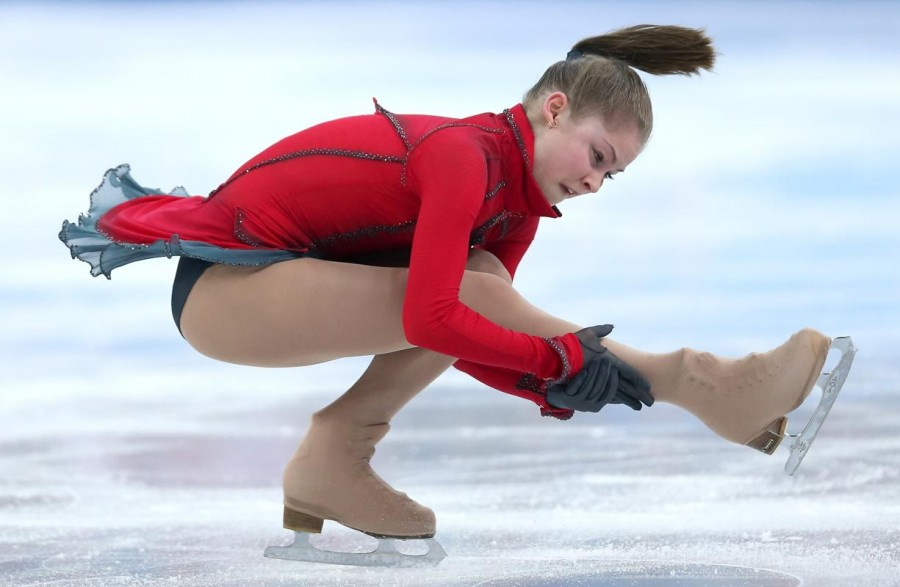 figure-skating-winter-olympics-day-20140209-165628-033
