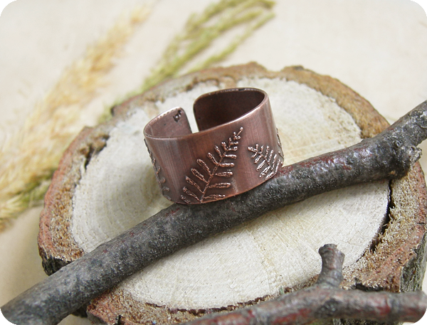 кольцо папоротник1