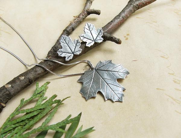 комплект кленовые листья