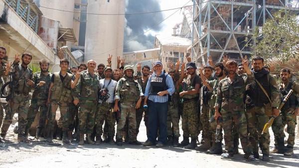 2016.08.15 14.15 01 Сирия, Алеппо, цементный завод Рамусы, САА, Сирийская армия.jpg