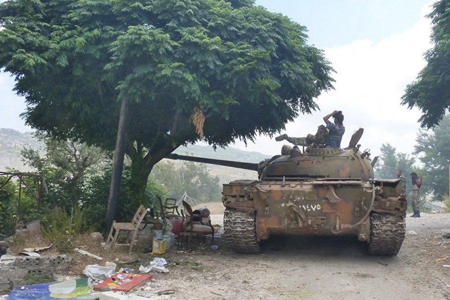 Сирия, война, САА, Хама, Танк САА в северной Хаме