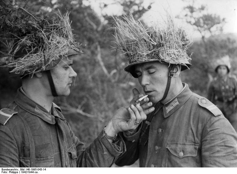 Bundesarchiv_Bild_146-1995-043-14%2C_Tartaren_in_der_Wehrmacht