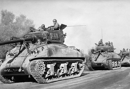 French_Tanks_in_Algeria