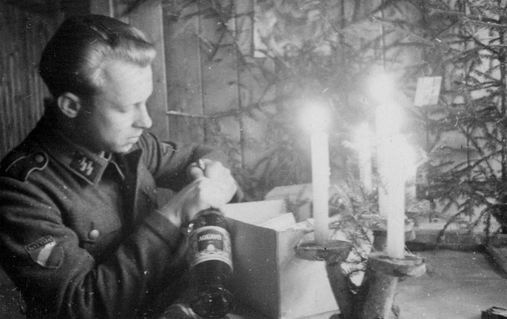 At Latvian volunteer celebrates Christmas on the eastern front