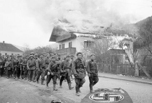 45-g-sovetskie_voini_na_podstupah_k_vene._apreli_1945_g.