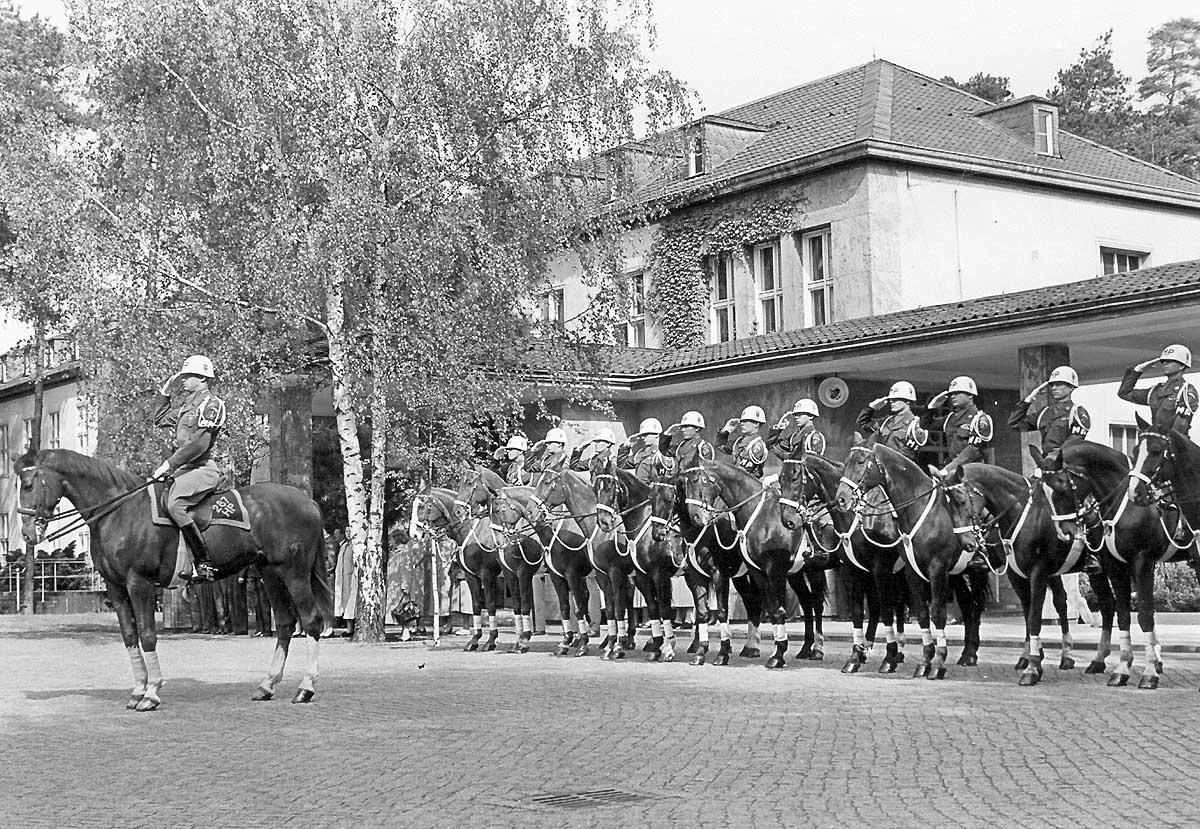 Horse Platoon 1955 saluting