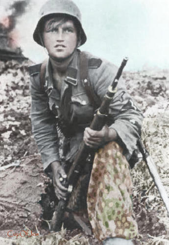 SS_Sturmmann_3_division_Totenkopf1
