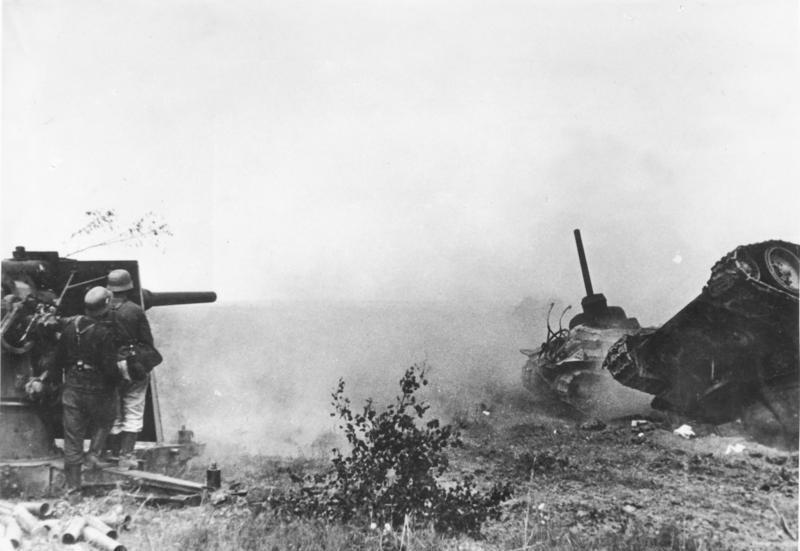 Bundesarchiv_Bild_183-B21685,_Russland,_Flak_bei_Panzerabwehr