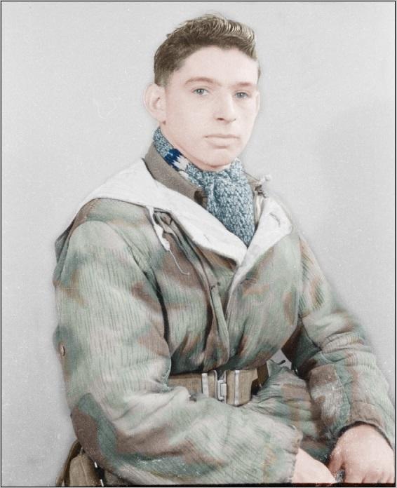 Brit soldier 1944 Nijmegen