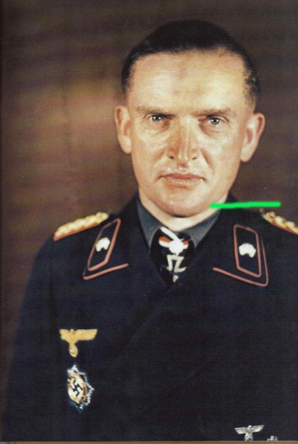 General der Panzertruppe Karl Decker