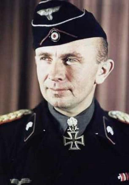 Adelbert Schulz Oberst Generalmajor color colour farbe1