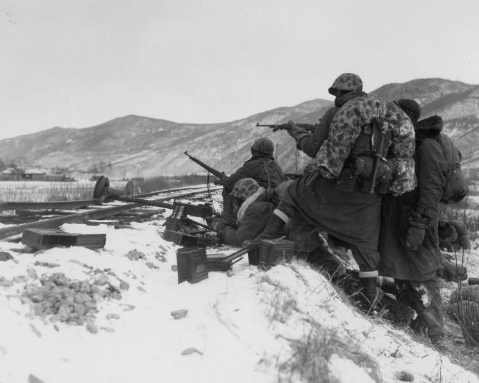 korean-war-usmc-series-1st-marine-div-chosin-120750-1.jpg