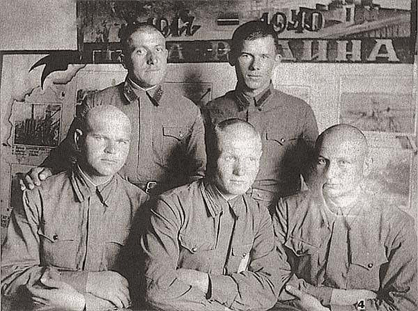 Держаться 164 дня против финнов, на полуострове Ханко.