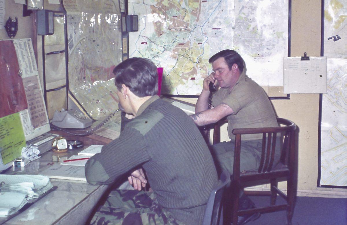 Belfast-1973-Sgt-Wullie-Pratt-at-the-back-1200x778.jpg
