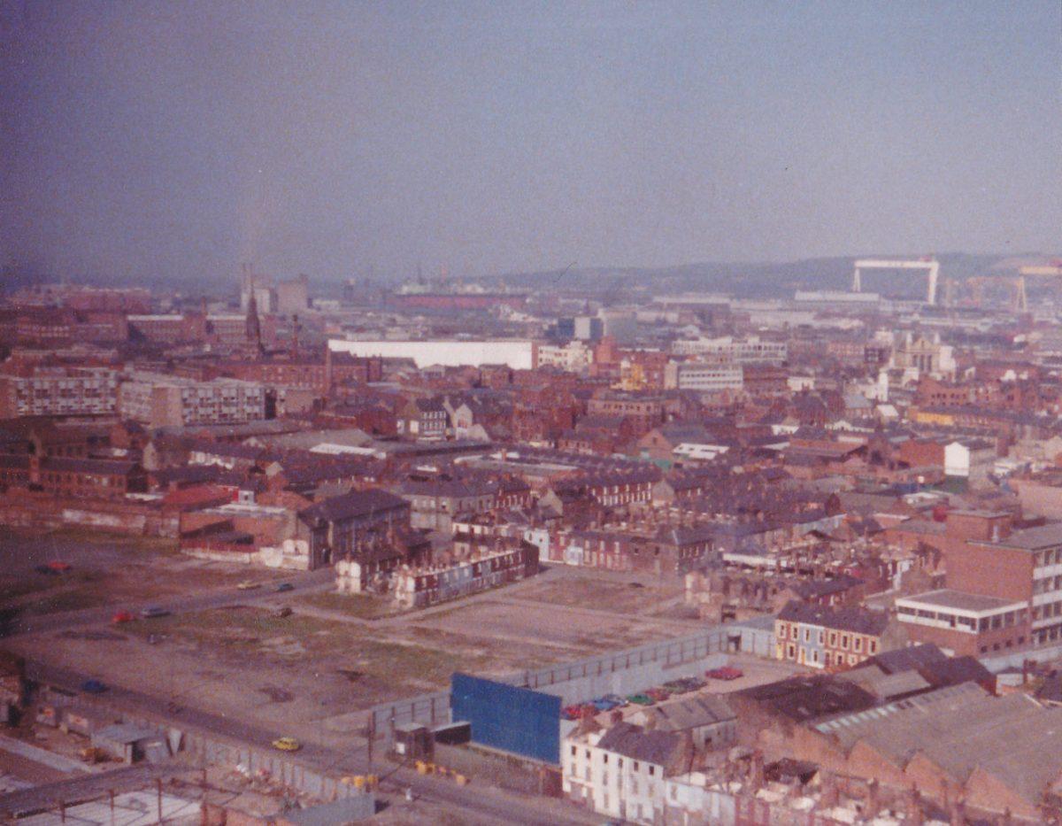 The-eastwards-view-from-Divis-OP-Belfast-1977-1200x933.jpg