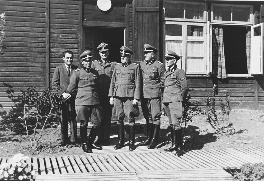 Buchenwald_Hinzert_SS_34558.jpg