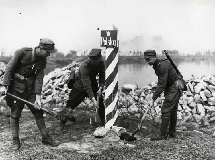 """""""Так они поляки или белорусы?""""  1944 г."""