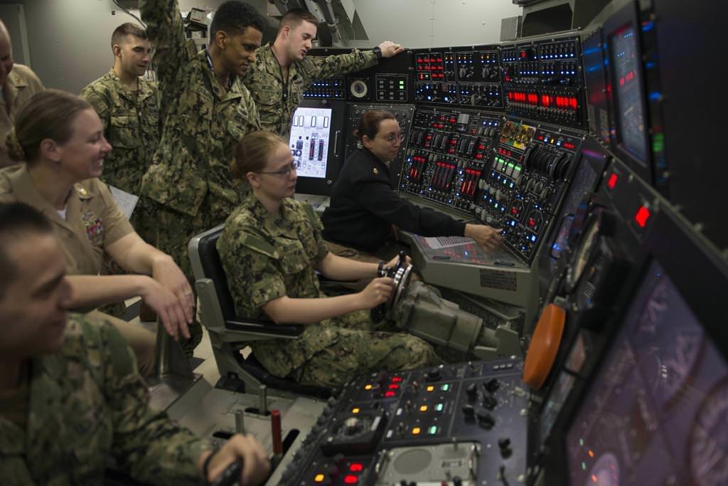 Женская армия и флот США. ( 50 фото ) 2EkPSpf.jpg