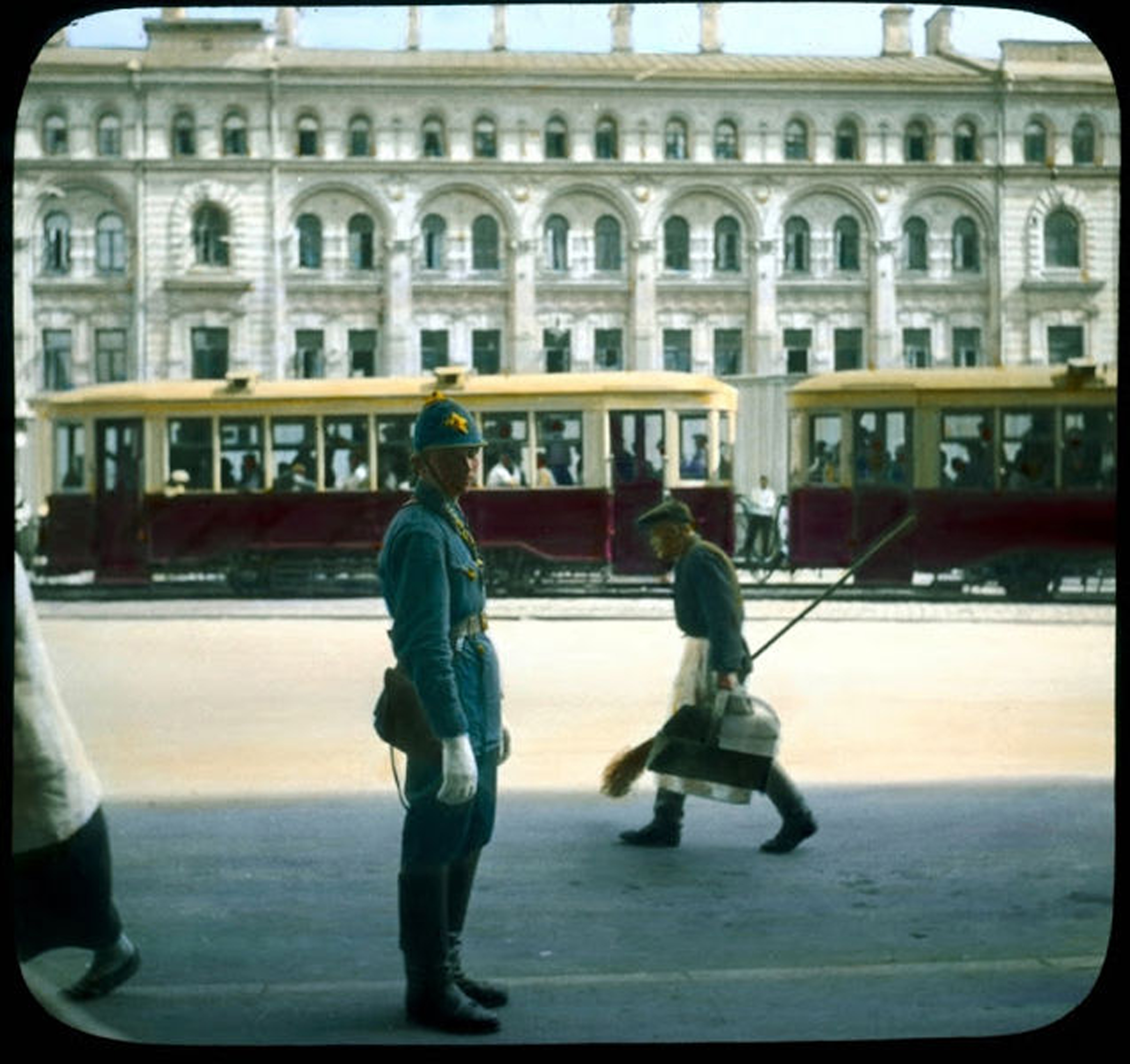 milicioner-1930-e.jpg