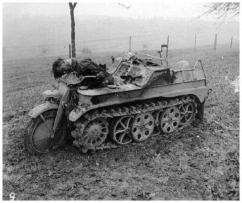 german-messenger-machine-gunned-second-world-war.jpeg