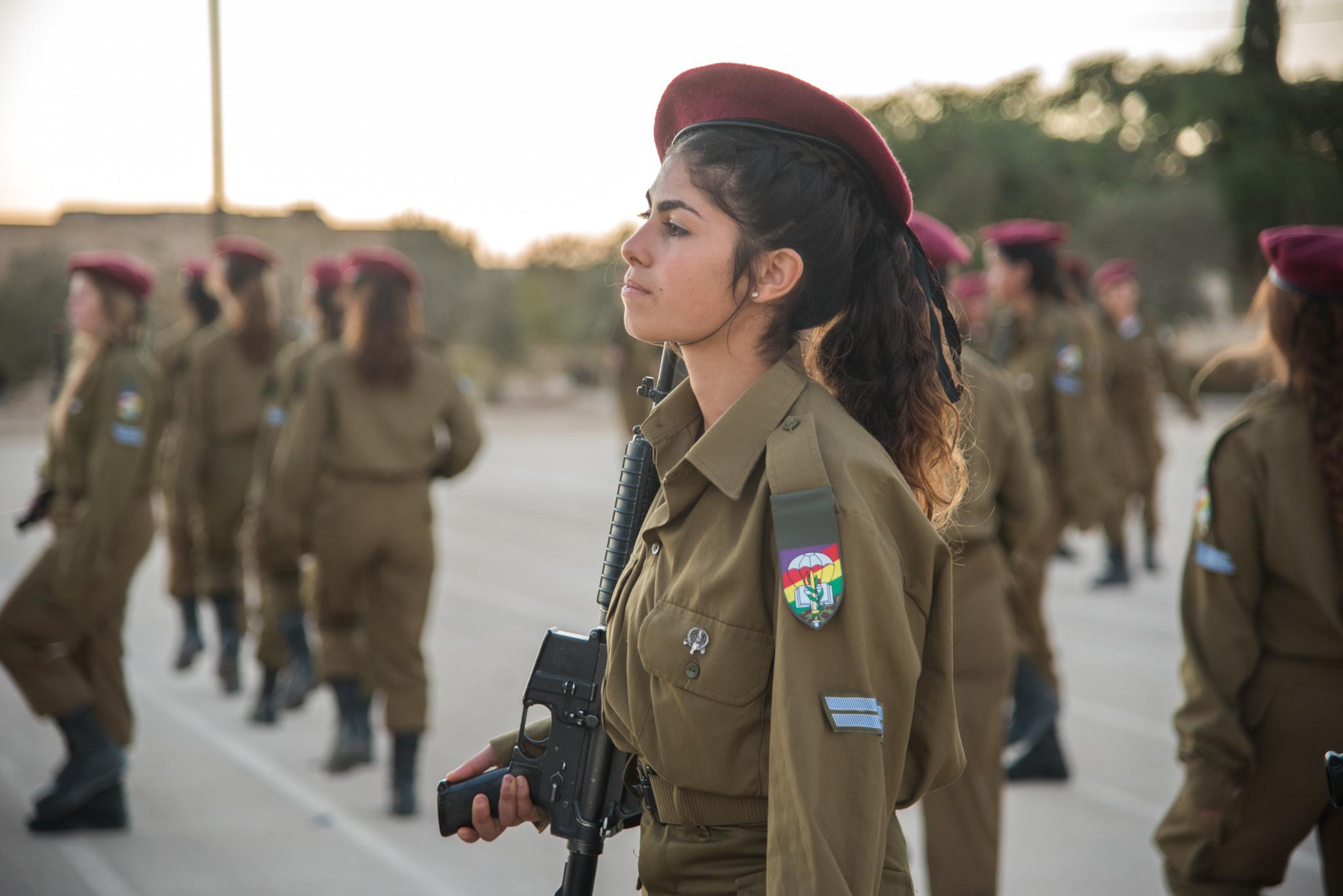 Женская армия. ( 55 фото ) 38861688145_53722d66a8_k.jpg