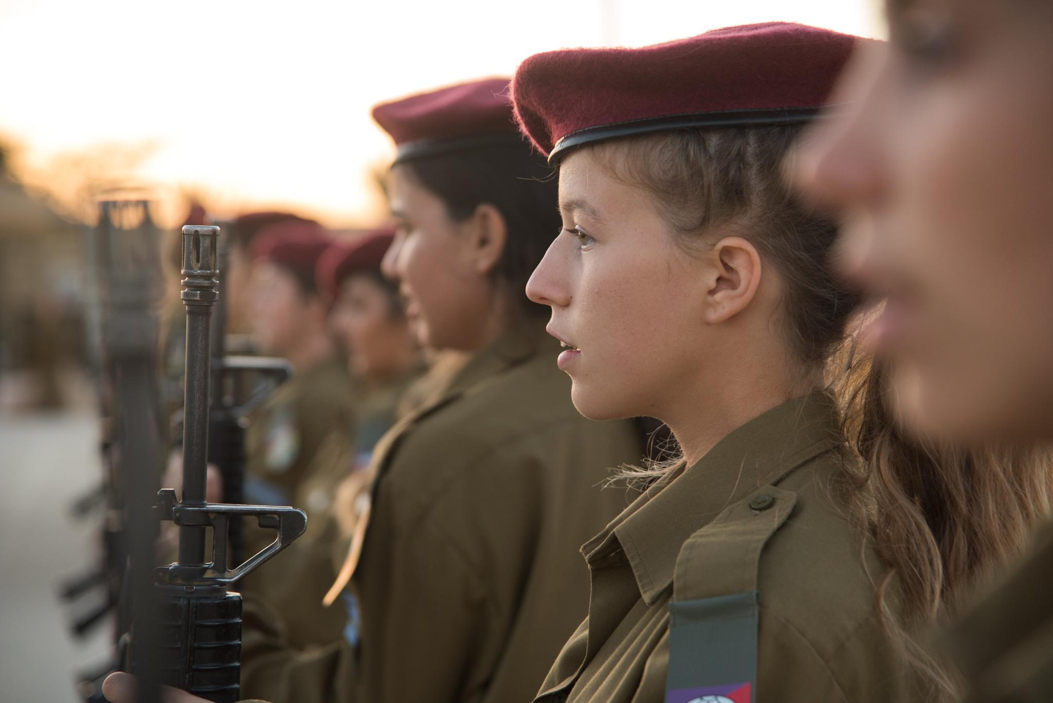Женская армия. ( 55 фото ) 39728536972_54b501093c_k.jpg