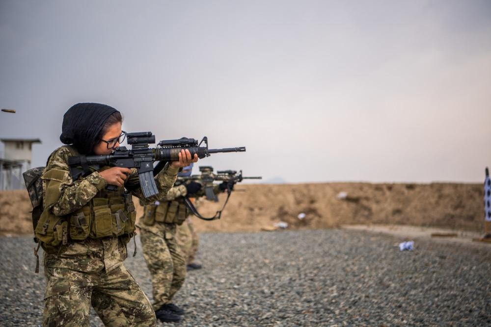 Женская армия. ( 55 фото ) chvr9cu.jpg