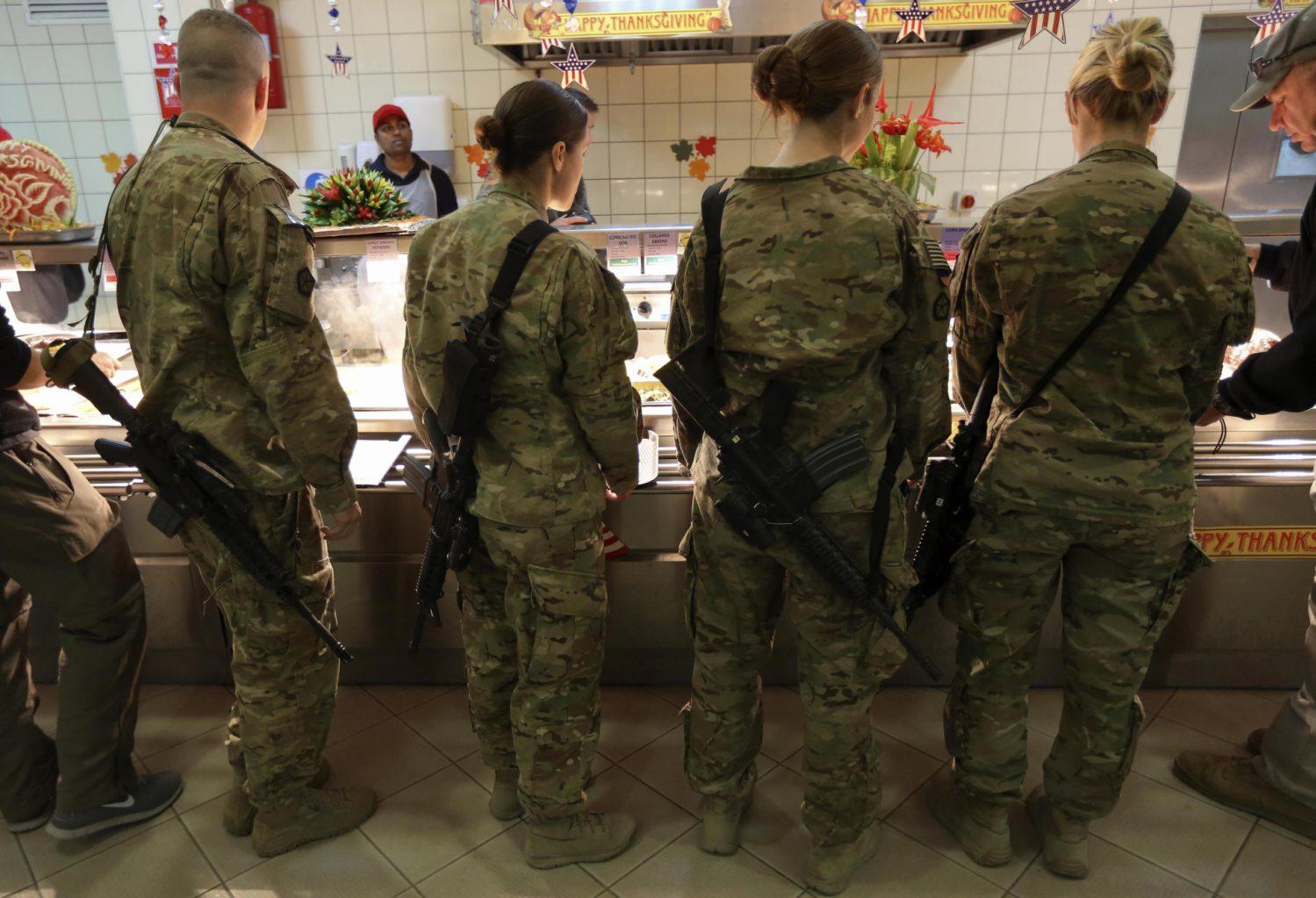Женская армия. ( 55 фото ) dSYow.jpg